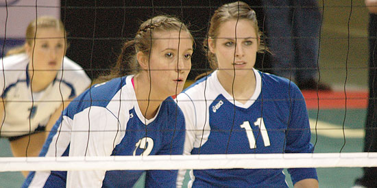 Sarah Anderson (left) and Andrea Taylor are honorable mention all-Americans.
