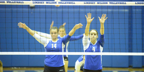 Kailey Moorhead, right, finished with 10 kills, two digs and a block on Tuesday.