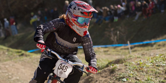 Heather Collman on her way to the women's D1 dual slalom victory. Photo By Weldon Weaver