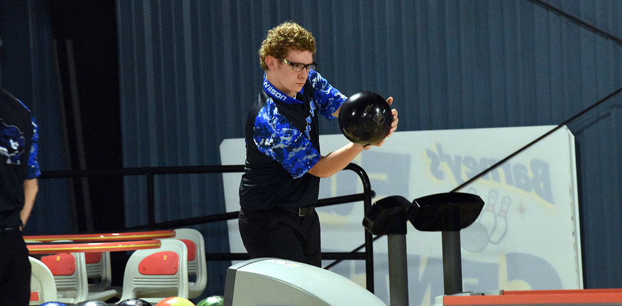 Photo for Men's Bowling picked to finish fourth in Mid-South Conference Preseason Coaches' Poll