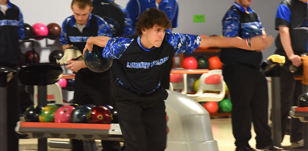 Photo for Men's Bowling caps off season at NAIA Invitational