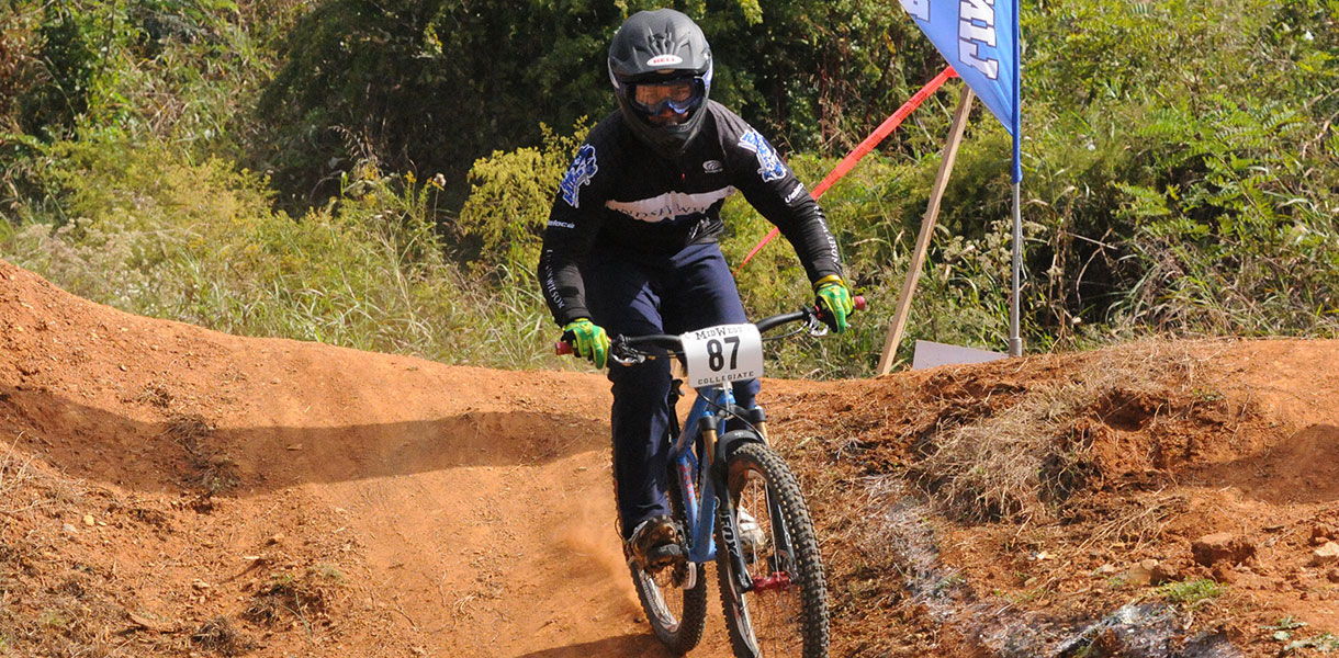 Lindsey Wilson Athletics Cycling Sweeps Top Five In Women S A Dual Slalom At Lee S Mcrae