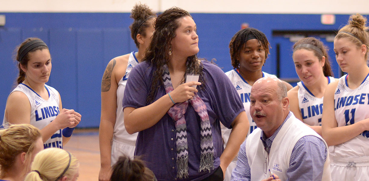 Photo for Duncan promoted to full-time women�s basketball assistant coach