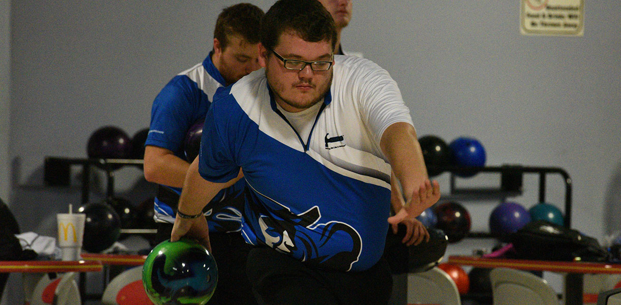 Photo for Men's Bowling finishes 13th at Louisville Collegiate Classic, 12th at Thomas Burris Memorial