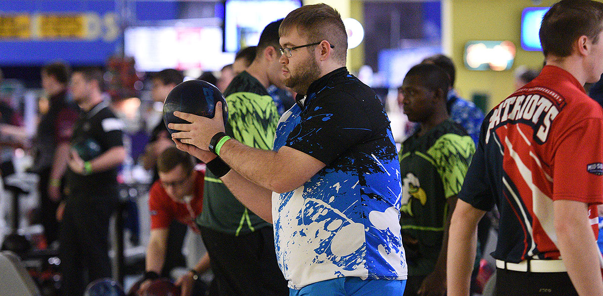 Photo for Men's Bowling posts 1-2 record at Mid-South Conference Championship