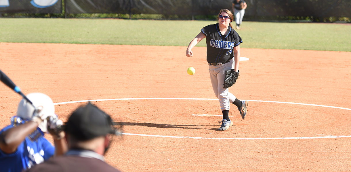 Photo for Junior Varsity Softball splits doubleheader with Midway