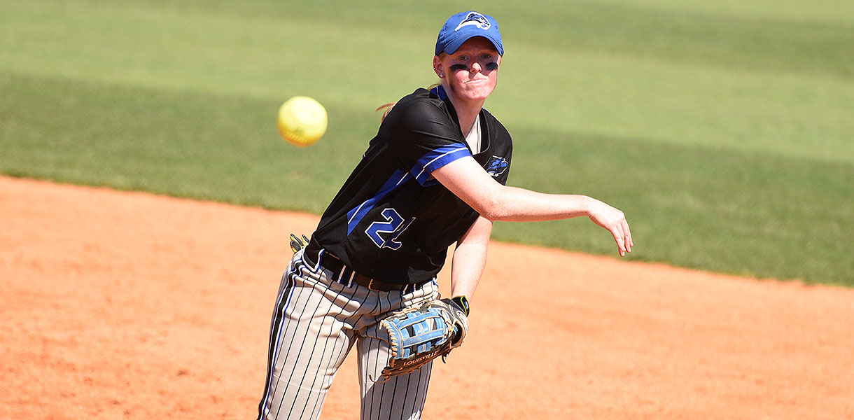 Photo for Softball exits NAIA Opening Round after 3-2 loss to Taylor