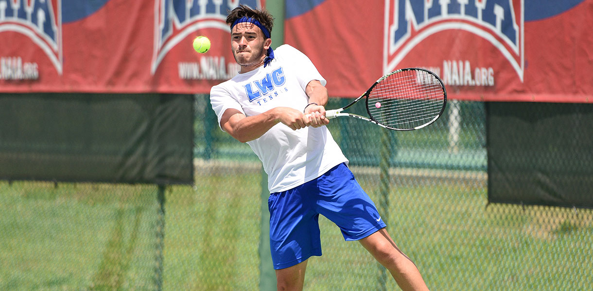 Photo for Men's Tennis' comeback falls short; Blue Raiders fall in NAIA National Quarterfinals to Keiser 5-4