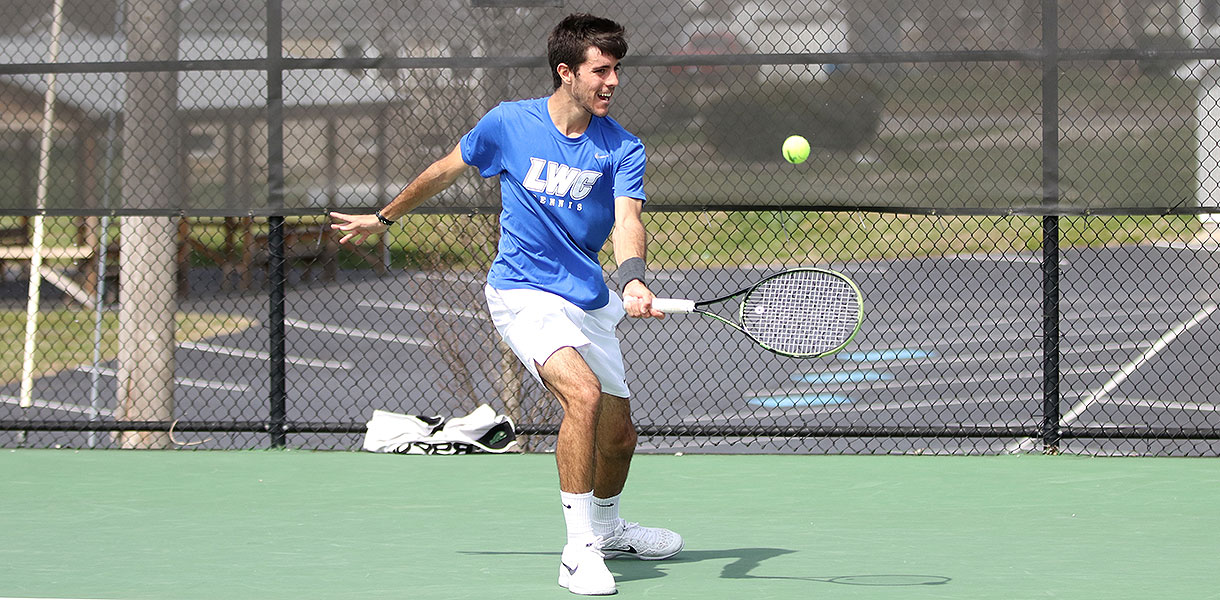 Photo for Men's Tennis downs Campbellsville 6-3 on Saturday in top-10 clash