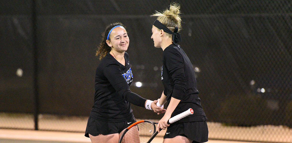 Photo for Women's Tennis shuts out Cardinal Stritch 5-0 in top-five matchup