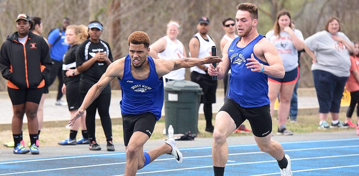 Photo for Men's Track and Field wins seven events at LWC Invite