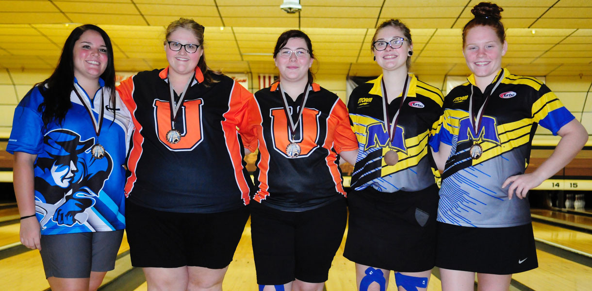 Photo for Etherington finishes as top individual, Women's Bowling places fourth at Green River Classic