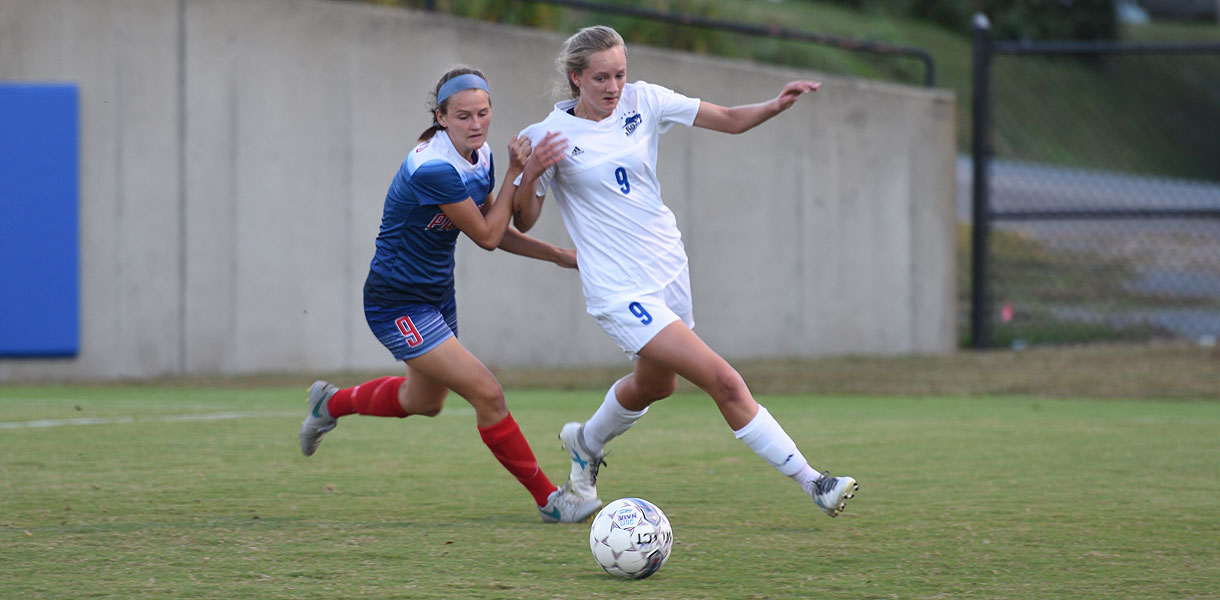 Photo for Women's Soccer falls to Cumberlands, 2-0